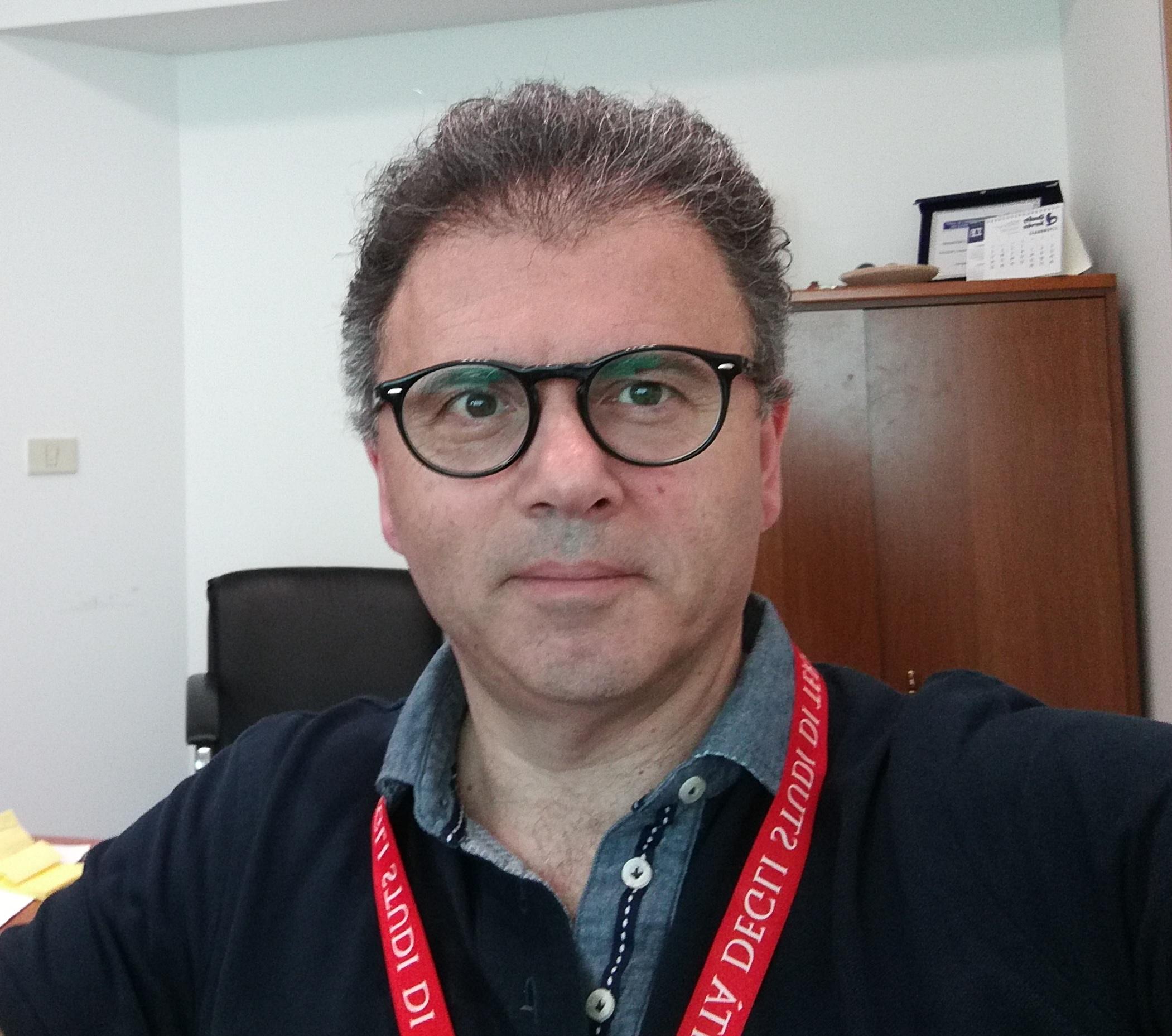 Prof. COMPAGNONE Dario