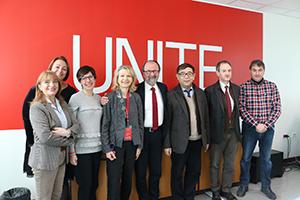 Da sinistra: Giovanna Cacciatore, Anna Manco, Francesca Vaccarelli, Paola Pittia, il rettore Dino Mastrocola, Xing Jianjun, Ignazio Castellucci e Giuseppe Marrucchella