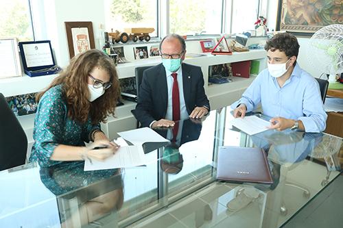 Il presidente del Consiglio degli studenti di Teramo Emanuela Testa, il rettore Dino Mastrocola e il presidente della CPS Francesco Berardinelli