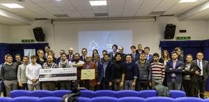 Foto di gruppo delle dieci startup finaliste
