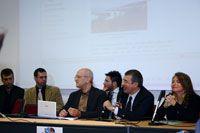 Luciano D'Amico, Preside della Facoltà di Scienze della comunicazione, risponde alle domande degli studenti